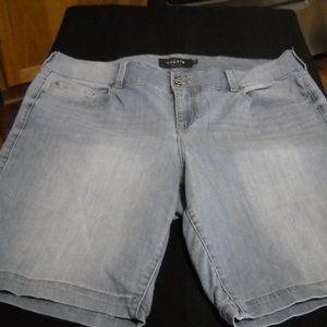 2/$30 or 3/$36 **TORRID** jegging jean shorts …